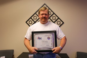 Nickle Safety Director Mike Anderson accepted the ABC Diamond STEP award.